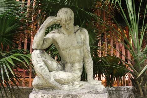 Miami Geo Quiz #22: On Track Contemplation. Source: Matthew Toro. December 12, 2014.